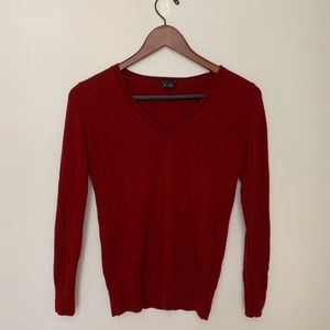 Sweaters - Theory V Neck Sweater